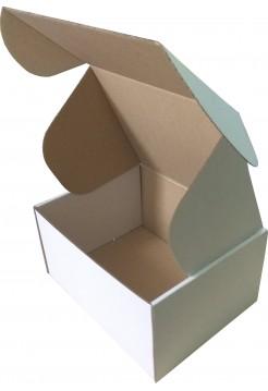 Коробка (190 х 150 х 100), белая