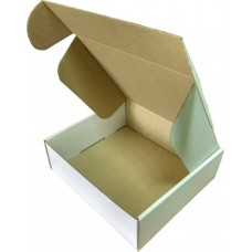 Коробка (220 х 200 х 70), белая