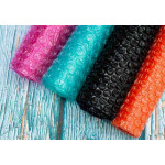 Цветная воздушно-пузырчатая пленка в рулонах