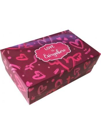 Коробка (140 х 85 х 45), подарочная, Love is everywhere